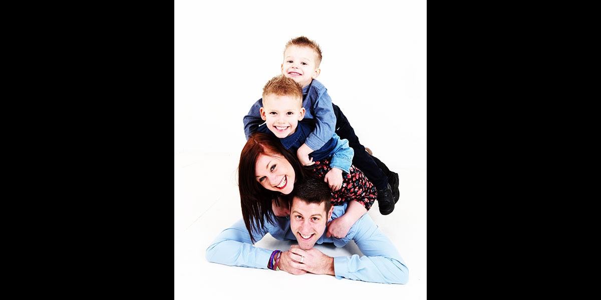 family-portrait-contemporary-photography-00010