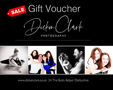 gift voucher family portraits